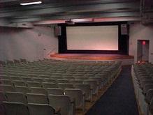 Кинотеатры на юго-востоке Украины будут бастовать против украинизации