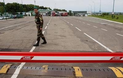 Сегодня на всей украинско-российской границе начинают действовать новые таможенные правила