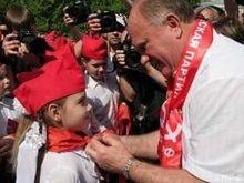 В Москве 4,5 тыс школьников стали пионерами