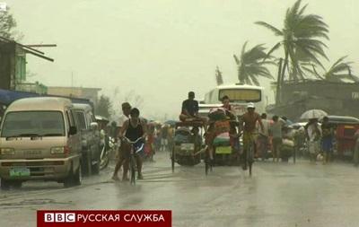 Филиппины после тайфуна: жители добывают продукты сами