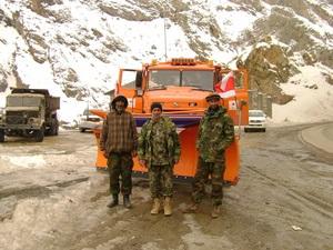 АвтоКрАЗ завершил поставку первой партии снегоуборочной техники в Афганистан