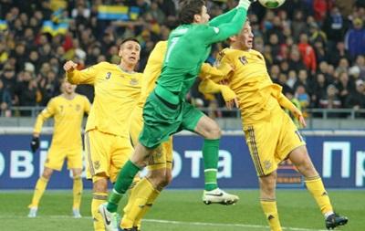 Вратарь сборной Франции: Мы прижаты к стене