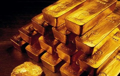 В Индии в туалете самолета нашли 24 кг золота