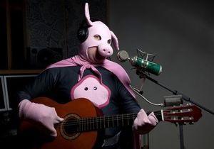 Человеку-свинье отказали в Евровидении