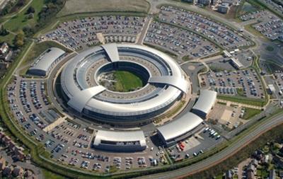 Великобритания сама разрешила американским спецслужбам следить за своими гражданами - The Guardian