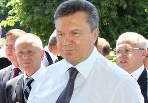 Банковая: Янукович ушел в рабочий отпуск