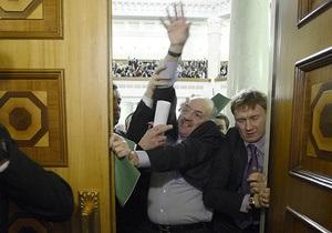 Депутаты- тушки  возглавили рейтинг запросов украинских пользователей Google на прошлой неделе