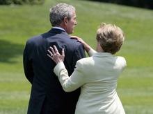 Американские СМИ: Джорджу Бушу предстоит развод