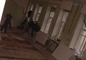 Мэрия требует 153 тыс грн компенсации за ущерб, нанесенный  помещению капеллы им. Ревуцкого