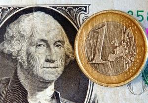 Евро и доллар ведут себя тише воды на межбанке