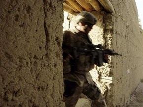 Афганский полицейский расстрелял пятерых британских солдат