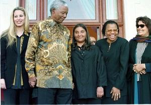СМИ: Семья Каддафи переедет в ЮАР