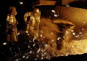 Средняя зарплата в металлургическом холдинге Ахметова составляет более пяти тысяч гривен