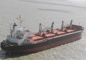 В Индии задержали судно с 21 украинцем на борту