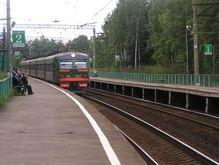Студенческое братство: В Севастополе побили окна трех киевских поездов