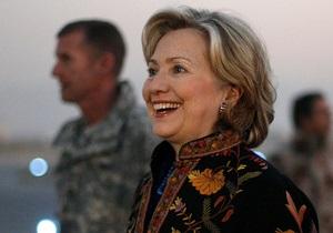 Обама заявил, что Клинтон налетала уже почти миллион миль