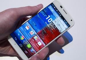 Android для бедных. Motorola выпустит бюджетную версию смартфона Moto X