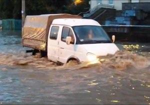 новости Винницы - потоп - наводнение - паводок - Потоп в Виннице: несколько районов остались без света, парализован общественный транспорт
