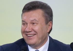 Янукович обещает требовать неуклонного увеличения соцстандартов