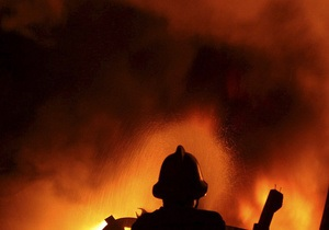 В Соломенском районе Киева горели два автомобиля