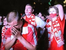 Евро-2008: Дубль Подольски нанес удар по польской экономике