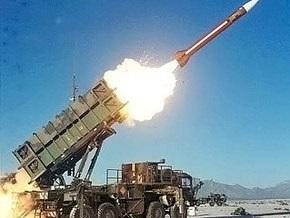 В США испытали  лазерную пушку , способную уничтожать баллистические ракеты