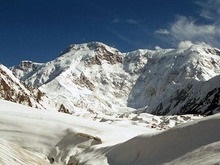 Украинский альпинист погиб во время восхождения на пик Победы