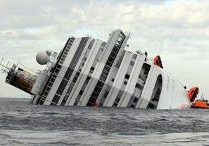 Спасшиеся с Costa Concordia французские туристы подают в суд на организатора круиза