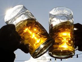 Испанские ученые советуют женщинам пить пиво для укрепления костей