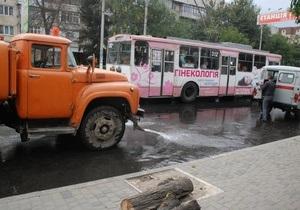 В Черновцах троллейбус насмерть сбил 22-летнюю женщину
