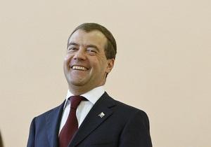 Медведев впервые добавил в друзья на Twitter российского блогера