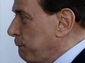 Берлускони признал, что пользовался услугами подозреваемого в сутенерстве бизнесмена