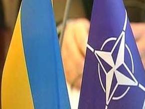 В Киеве презентовали фильм о НАТО
