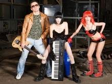 Московские киберпанки везут в Киев записки сумасшедшего музыканта