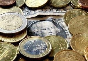 Межбанк открыл неделю падением котировок по доллару и евро