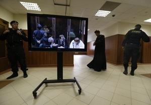 Московский суд рассмотрит кассацию по делу Pussy Riot. Одна из участниц отказалась от адвоката