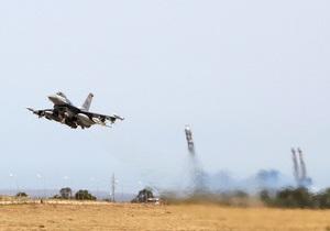 Авиация НАТО в Ливии уничтожила три командно-контрольных центра