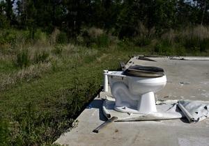 Исследование: Кнопки лифтов в 35 раз грязнее стульчаков в общественных туалетах