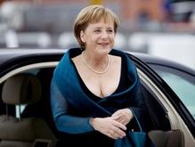Фотогалерея: Глубокое декольте Ангелы Меркель