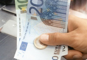 Евро на межбанке упал ниже 11 гривен