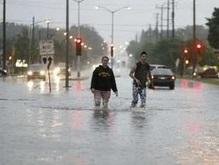 На США обрушились ураганы и наводнения: 8 человек погибли