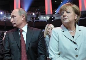 Канцлер Меркель призвала президента Путина дать шанс НКО
