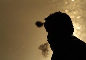 Власти Японии запретят курить на пляже