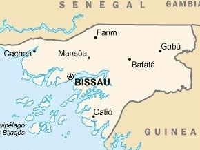 У берегов Гвинеи-Бисау затонуло судно: более 40 человек числятся пропавшими без вести