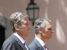 Ющенко поговорил с президентом Португалии и пригласил его в Украину