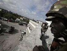 В результате перестрелки в аэропорту Сомали погибли девять человек