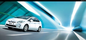 Новый Toyota Prius в Тойота Центр Киев  ВиДи Автострада