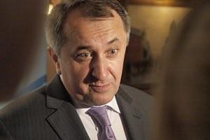 Данилишин заявил, что газовые контракты 2009 года можно было давно изменить