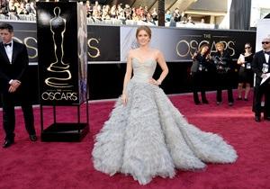 Фотогалерея: Оскар 2013. Платья на красной дорожке