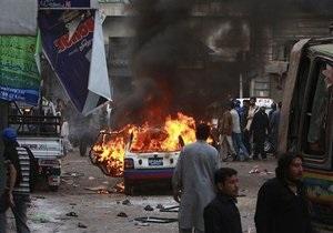 В Пакистане террорист-смертник атаковал шиитскую процессию: более 20 погибших